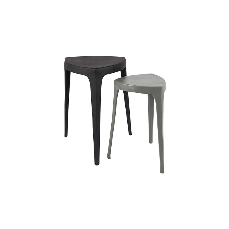set de deux tables design de la collection tiga de chez zuiver. Black Bedroom Furniture Sets. Home Design Ideas