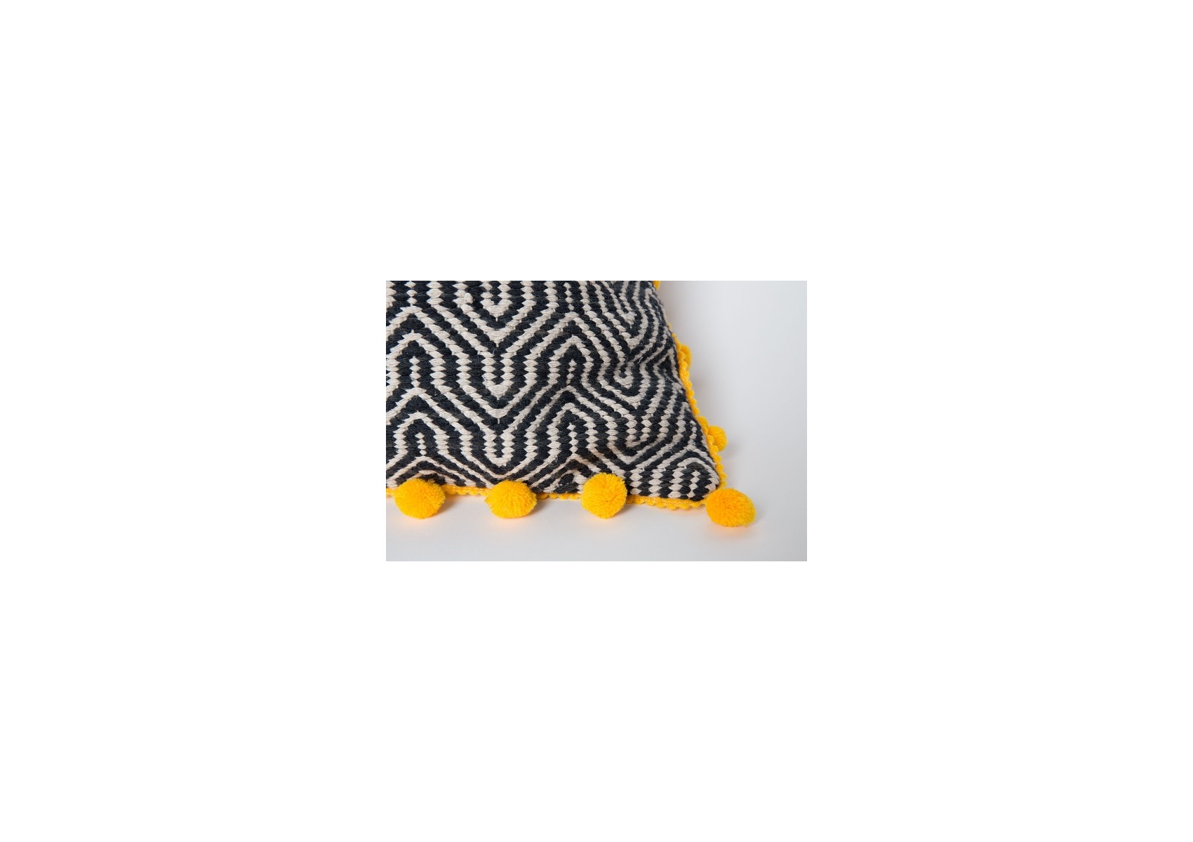 coussin design de la collection ziggy de chez zuiver. Black Bedroom Furniture Sets. Home Design Ideas