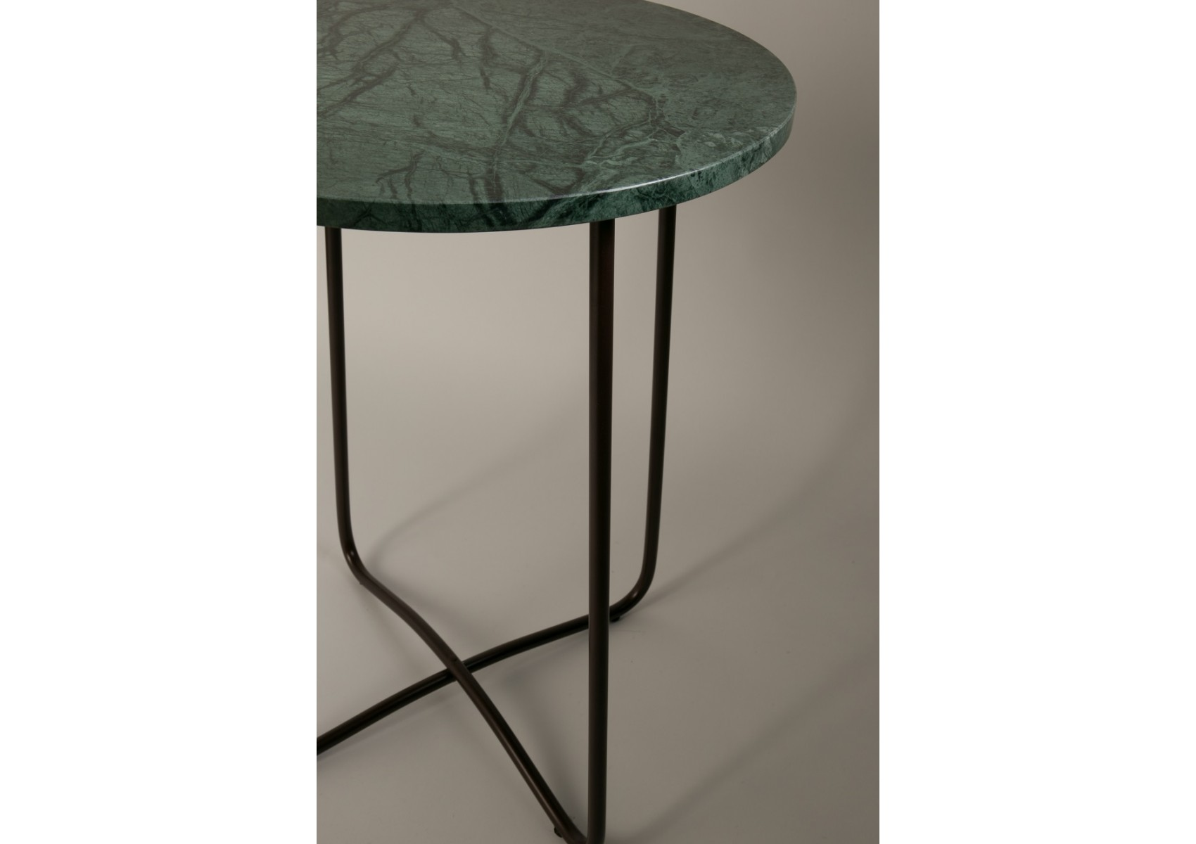 Table d 39 appoint design de la collection emerald de chez - Table d appoint design ...