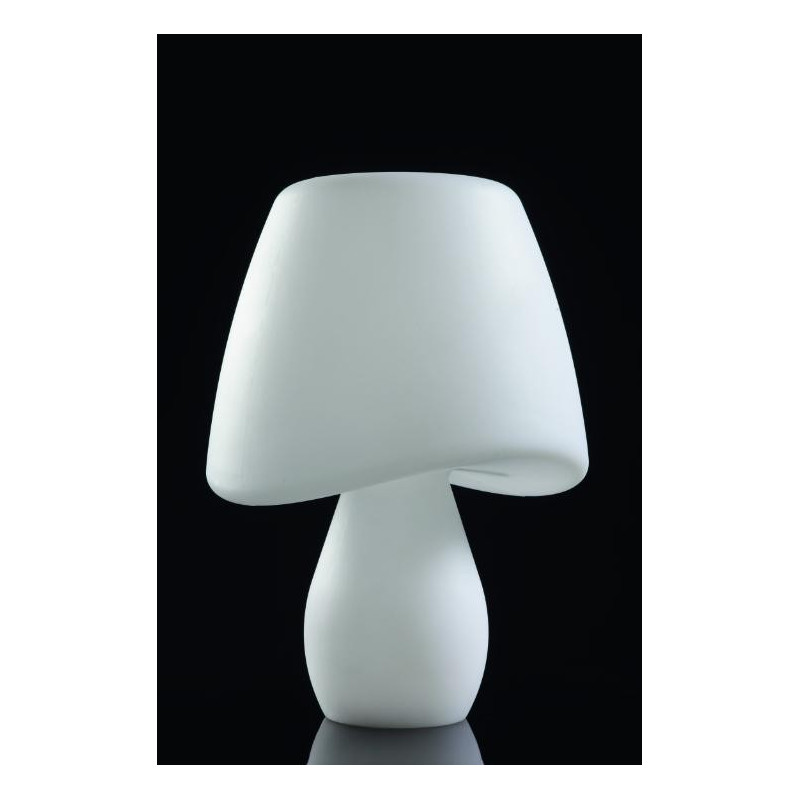 lampe poser design cool ext rieur blanche de la marque mantra. Black Bedroom Furniture Sets. Home Design Ideas