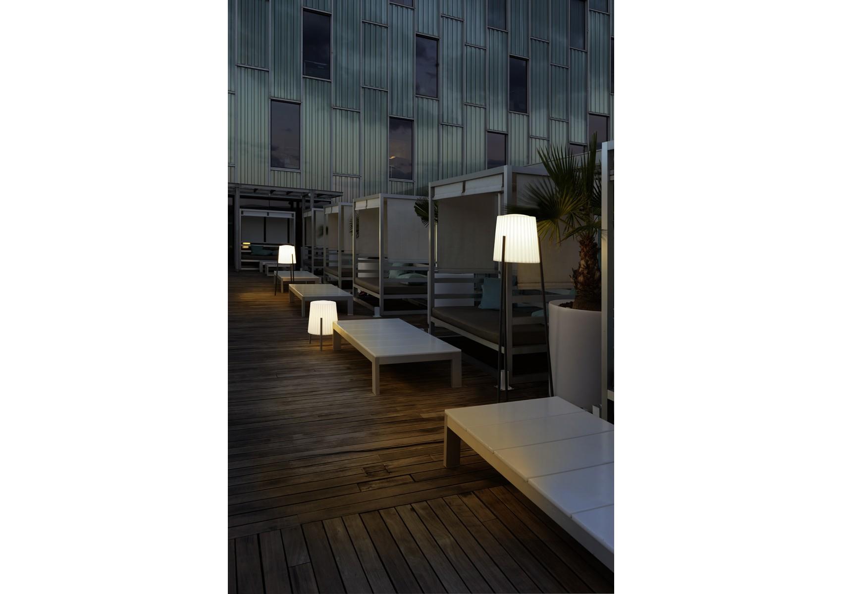 lampadaire baracino d 39 ext rieur r glable en hauteur. Black Bedroom Furniture Sets. Home Design Ideas