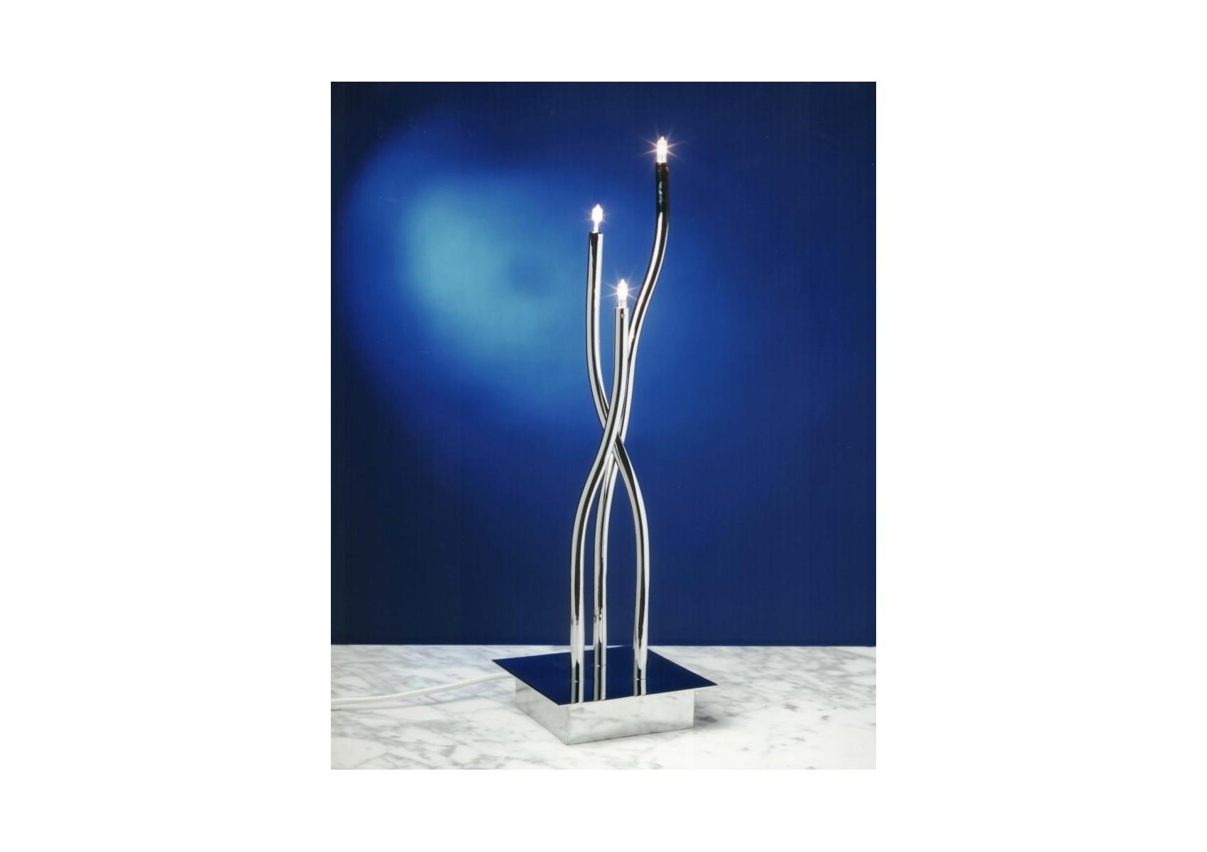 lampe poser design chrome de la collection are de chez mantra. Black Bedroom Furniture Sets. Home Design Ideas