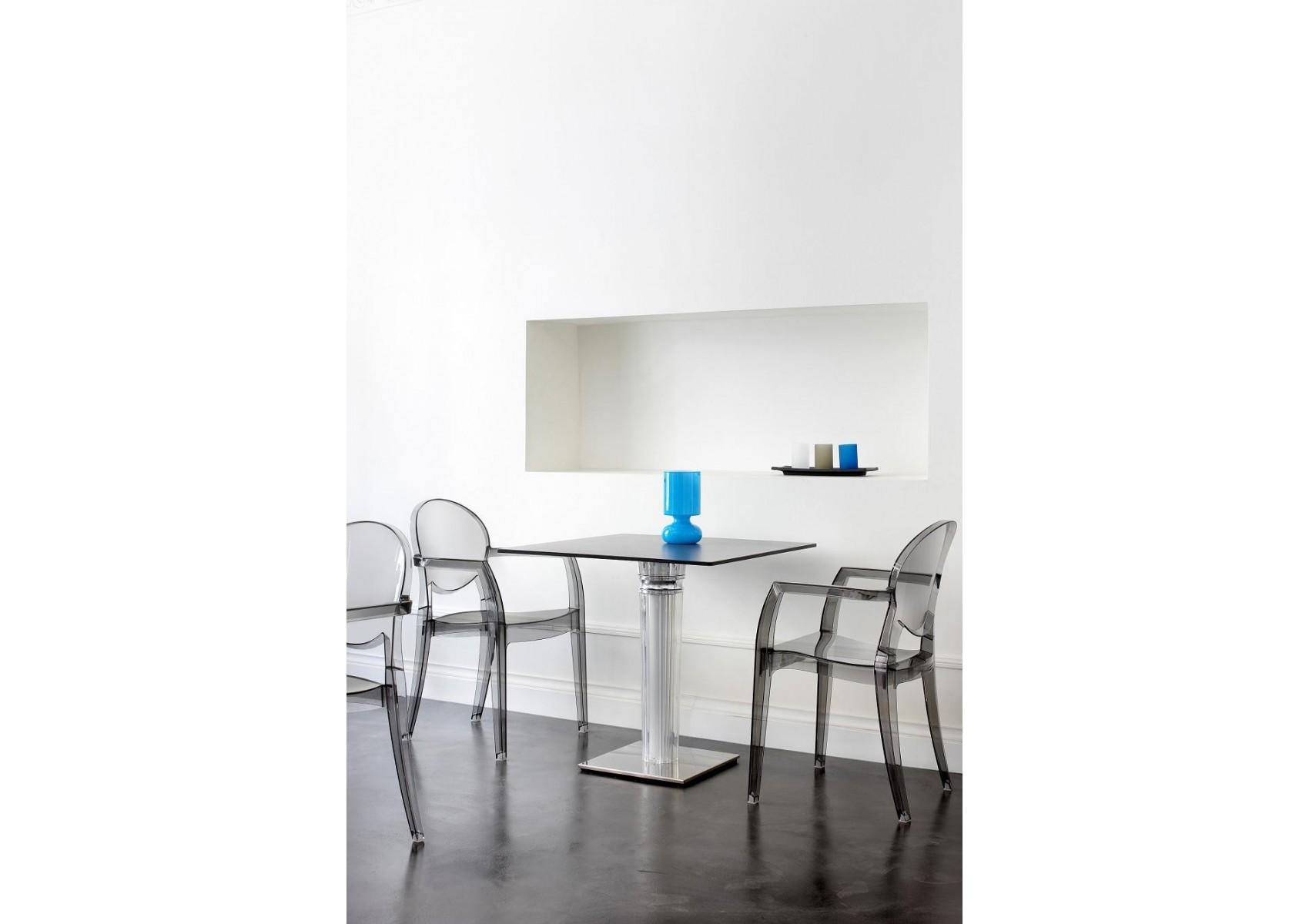 chaise design avec accoudoirs igloo modele d 39 exposition boite design. Black Bedroom Furniture Sets. Home Design Ideas