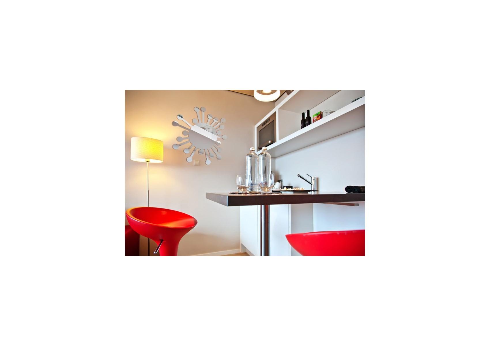 Miroir design soleil bulles boite design for Miroir design soleil